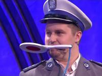 Kabaret Młodych Panów - Ustawka kibiców z policją