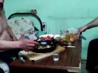 No to Rusek pokazał jak się pije