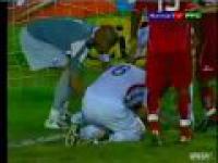 Najgorsza obrona - zawodnik prawie stracił głowę