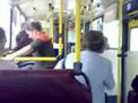 Pijana babka w autobusie?