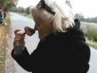 Pani Barbara - Piękna Kiki z domu starców