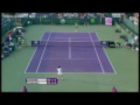 WTA_Miami Hot Shot_Radwanska turned amazing defence into attack against Schiavone