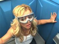 Britney Spears w Jackass 3d - scena usunięta z filmu