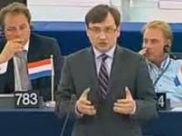 Ziobro miażdży Tuska w Europarlamencie