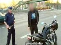 Policja kontra motocyklista