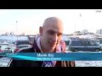 Kibol wypowida się przed kamerą.:)