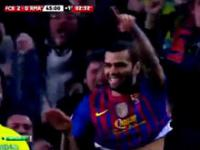 Przepiękny gol Daniela Alvesa w meczu Barca - Real