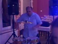 Szalony Perkusista na weselu