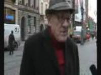 starszy pan wypowiada się o tym co się dzieje w Polsce