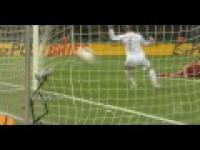Robert Lewandowski - best skills 2012