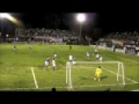 Niepełnosprawni grają w piłkę