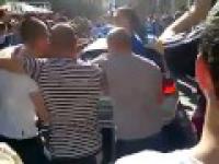 Kibice Chelsea zdewastowali niemiecki samochód policyjny