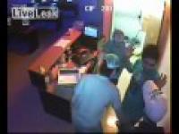 Młodzi złodzieje w sklepie Newyork