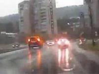 Piorun uderza w SUVa