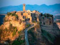 Luksusowa jaskinia pod historycznym miastem