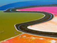 Kolorowe solne stawy