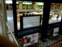 Noworoczna reklama HD w metro na stacji Warszawa Centrum.
