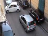 Włoski kierowca utknął podczas manewru