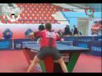 Niecodzienny trick w tenisie stołowym