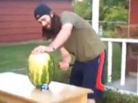 Jak szybko pokroić arbuz?