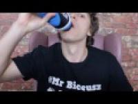 Cola vs Woda