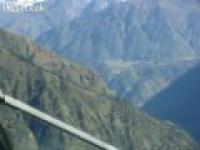 Lądowanie na najtrudniejszym lotnisku świata