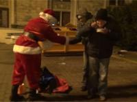 SA Wardega niczym Święty Mikołaj