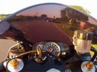 Motocyklista na Yamaha R1 oszukał przeznaczenie