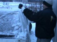 Jak szybko otworzyć samochoód w zimę