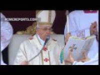 Moment ogłoszenia Jana Pawła II Świętym!