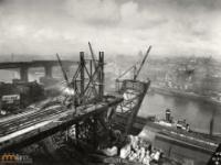 Zdjęcia powstawania wielkich budowli