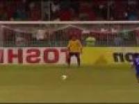 Najśmieszniejszy rzut karny w historii piłki nożnej!