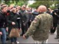 Szarpanina na Powązkach. Starli się zwolennicy i przeciwnicy generała