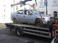 Odholowywanie źle zaparkowanego samochodu