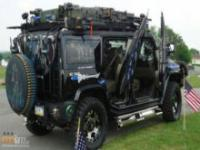 Załadowany Hummer