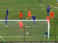 Pierwszy gol Del Piero w Indiach i to jaki!