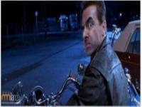 Rowan Atkinson jako Terminator