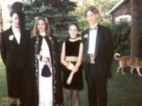 Zdjęcia ze szkolnych bali w latach 80