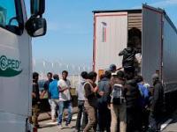 Arabowie z Murzynami szturmują granicę Anglii