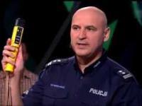 Pijany Policjant w Świat się kręci?!