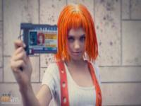 Perfekcyjny cosplay Leelo z Piątego Elementu