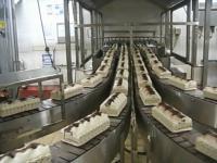 Produkcja ciasta Viennetta