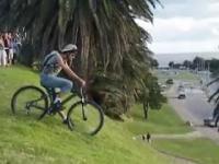 Nieprzemyślany zjazd rowerem