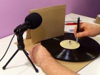 Gramofon z kartonu - zrób to sam