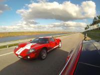 Tesla S P90D w trybie Ludicrous vs 700-konny Ford GT Drag Racing