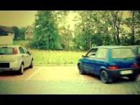 Najpopularniejszy styl parkowania w mieście - na wieśniaka !