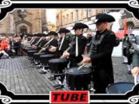 Super widowisko - orkiestra młodych bębniarzy