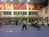 Chiscy akrobaci w akcji - Видео Dailymotion