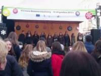 Jacek Kawalec w Lublinie prowadzi koncert Kiermaszu Bożonarodzeniowego