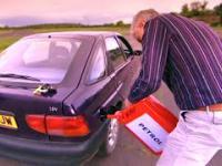 Co się stanie z samochodem gdy wlejemy złe paliwo